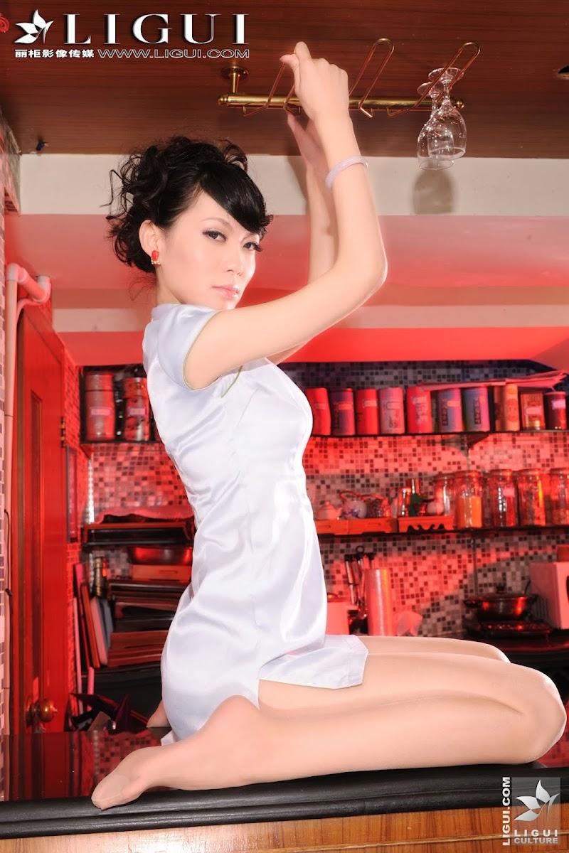 [Ligui]丽柜118 吧台美女的诱惑 Model - 樂樂 下 [28P15.32MB] 07180