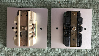 Hubbell US AC wall plate socket (sold) Hubbell%2B2