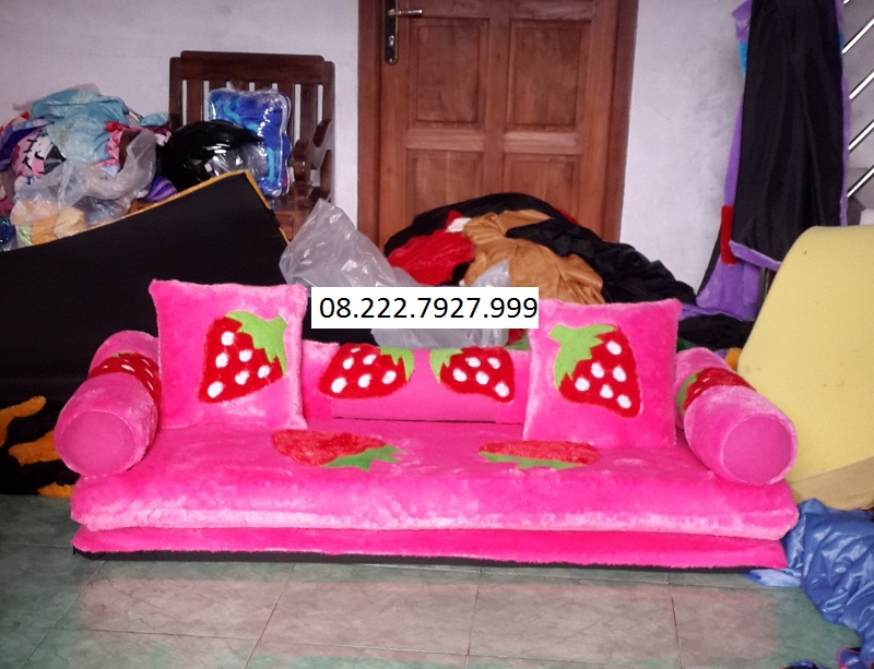 Sofabed Rasfur Motif Stroberry