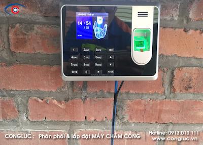 Hoàn thiện lắp đặt hệ thống máy chấm công cho nhà hàng