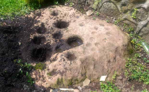 watu dakon srebet kota batu
