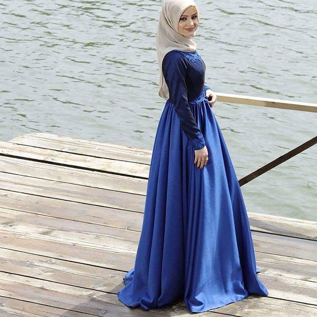 robe hijab bleue hijab t hijab chic turque style and. Black Bedroom Furniture Sets. Home Design Ideas