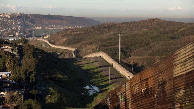 Trump ordena iniciar construcción de muro en frontera con México