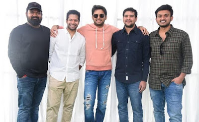 Hero-Nithiin-With-His-Director-Brigade-Andhra-Talkies