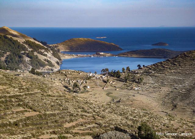 Amanhecer na Ilha do Sol, lago Titicaca, Bolívia