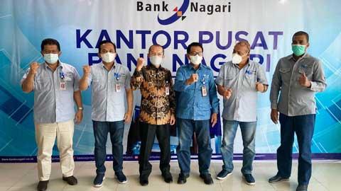 Jajaran direksi dan komisaris Bank Nagari