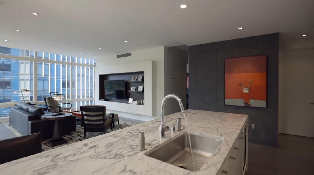 25 Interior Design Photos vs. 301 Mission St #805, San Francisco Luxury Condo Tour
