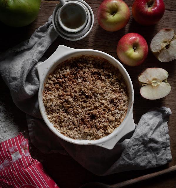 Vegan Apple crumble recipe from Sugar Hammock