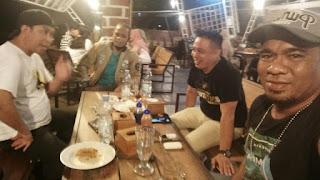 Kasatlantas Polres Wajo Ngopi Bareng Bersama Awak Media Metro Online