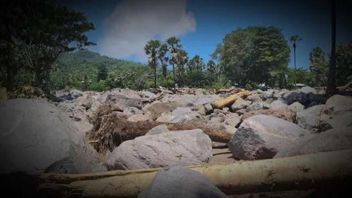 Prajurit TNI Rekam Penampakan Kampung Hilang Terkubur Batu Raksasa