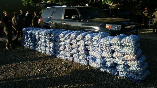 ERD incauta yipeta con 125 sacos de ajo en comunidad de Montecristi