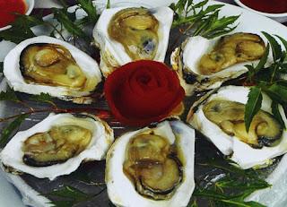 Hàu nướng là món ăn rất phổ biến để cải thiện sinh lý ở nam giới