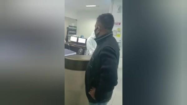 Viral,Pria Ngamuk di RS Gegara Jenazah Keluarga Disebut COVID-19