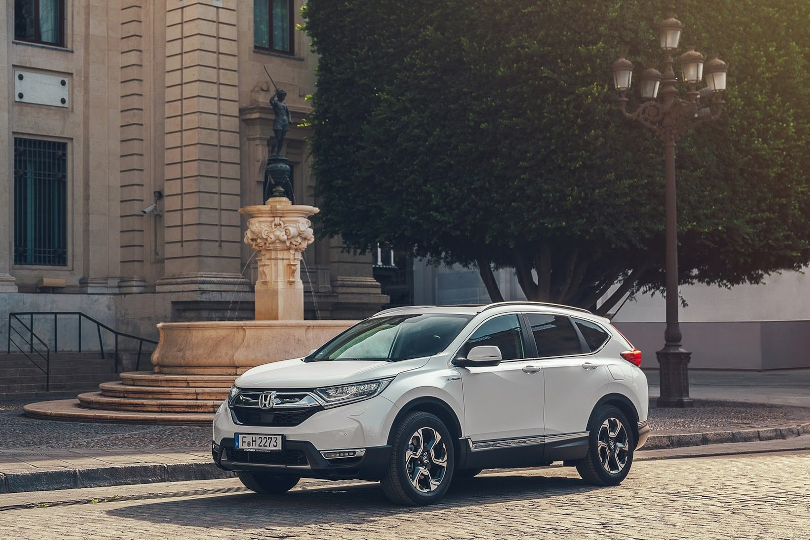 Honda Has Released More Details On The 2019 Cr V Hybrid Ahead Of Its 2018 Paris Auto Show Debut Including Fuel Economy Figures