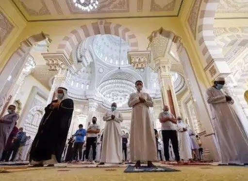 Eid al-Fitr prayer gatherings were allowed in the United Arab Emirates under strict conditions