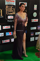 Hansika Motwani in Glittering Deep Neck Transparent Leg Split Purple Gown at IIFA Utsavam Awards 18.JPG