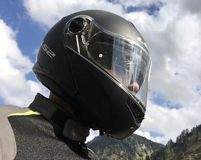 casco modulare per moto