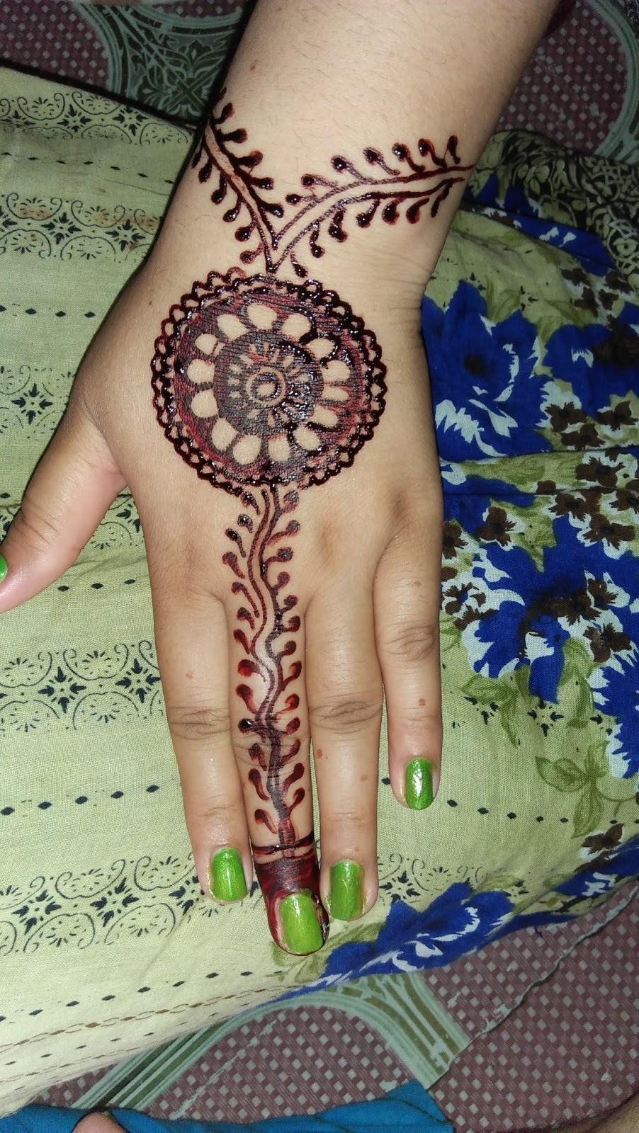 Riya Mehndi New Mehndi Design 2018 Easy
