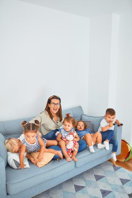 family photoshoot ideas indoor