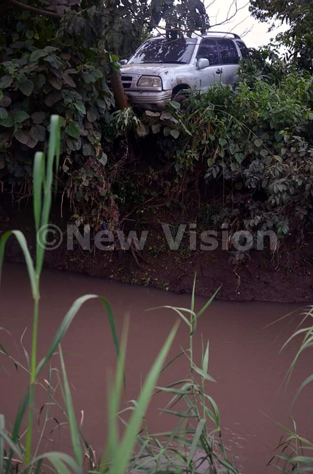 Vehicle carrying three occupants survived plunging into River in Uganda