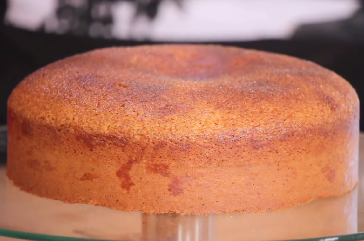 Lemon cake mixed with the delicious cinnamon flavor