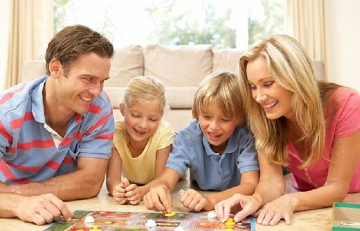 Begini Cara Orang Tua Mendekati Anak Dalam Membimbing Pergaulannya