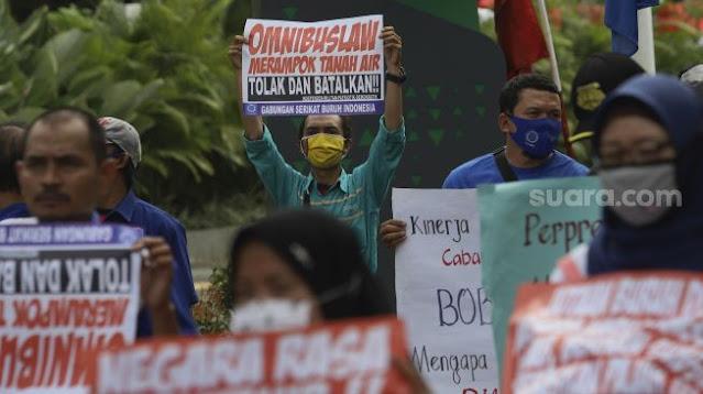 Kenapa UU Cipta Kerja Ditolak Pekerja, Ini 5 Kerugiannya