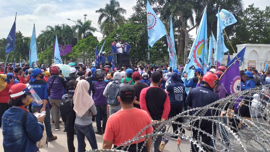 DPRD Batam Akan Menyampaikan Aspirasi Mahasiswa dan Buruh ke Pemerintah Pusat