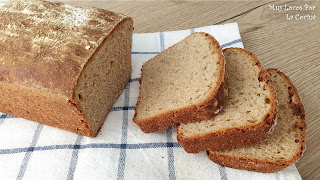 Pan de Molde Casero con Centeno