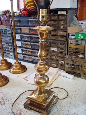 Lamp Parts And Repair Lamp Doctor Tighten Table Lamp Body