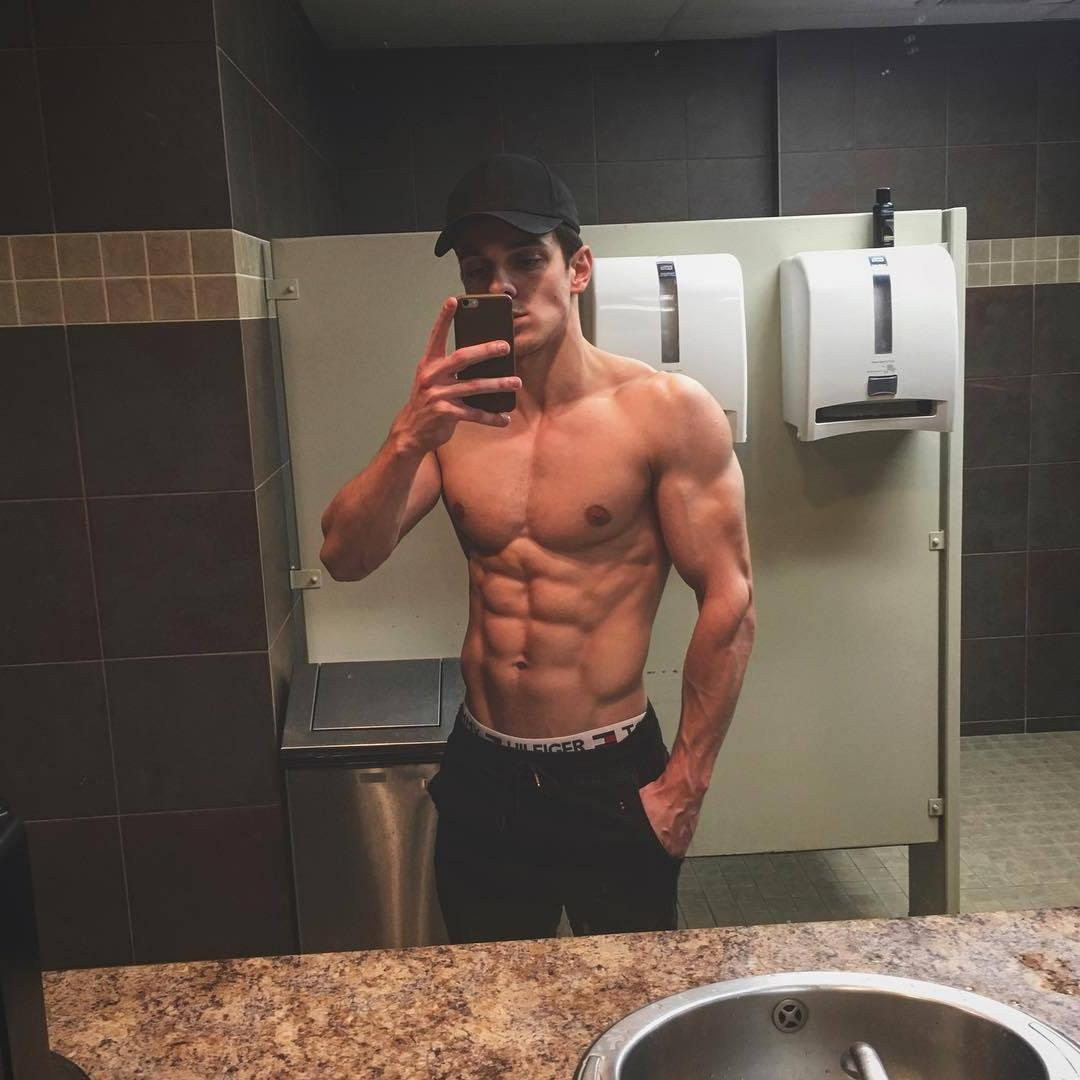 attractive-shirtless-fit-body-young-bro-sixpack-abs-pecs-bathroom-mirror-selfie