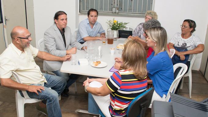 Após evento cultural Prefeito Fábio Gentil se reúne com secretários e Coordenadores