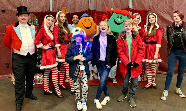 madmumof7's children with Ring Master and performers at Zippos Christmas Circus 2019, Hyde Park Winter Wonderland
