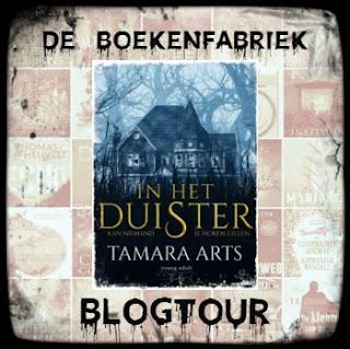 Recensie door De boekenfabriek voor de blogtour rond In het duister, geschreven door Tamara Arts en uitgegeven bij Hamley Books