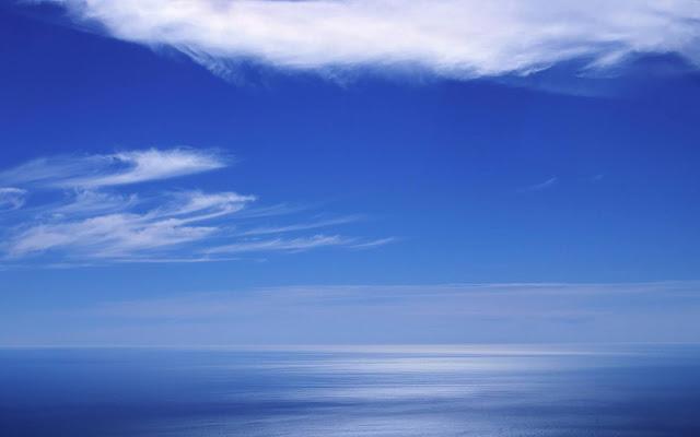 Blue-sky-wallpaper-for-laptop-ultra-4k