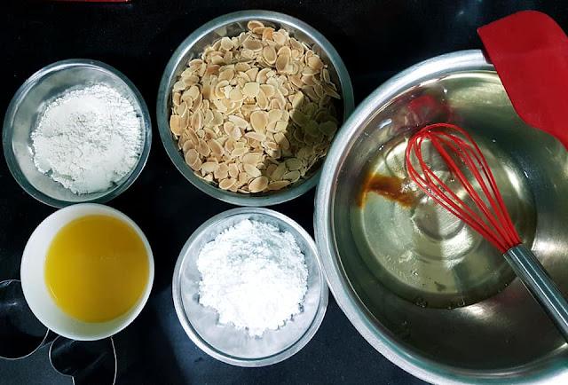 Nguyên liệu chuẩn bị làm bánh ngói hạnh nhân