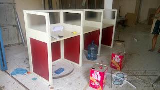 Meja Partisi Mudah Dirakit Sendiri Dan Meja Penerima Tamu - Furniture Semarang (1)