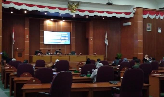 DPRD Gelar Paripurna Penyampaian LKPJ Walikota Depok Tahun 2017