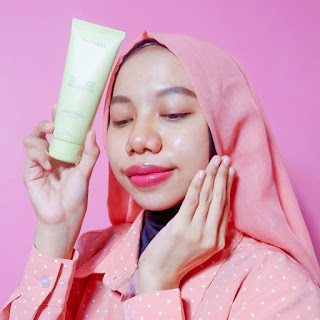facial cleanser low ph