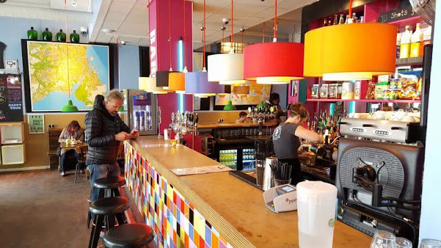 Copenhagen downtown hostel barra bar