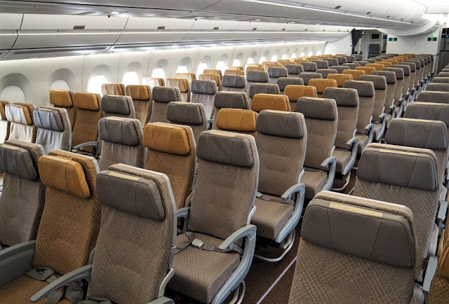 Airbus A350-900 Singapore Airlines Cabin Interior Economy Class