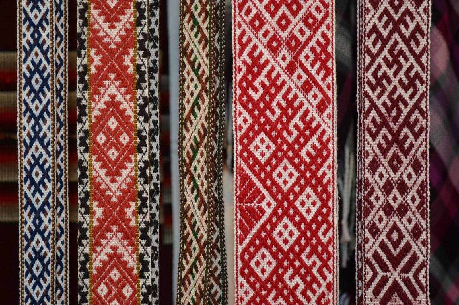Tipici nastri di tessuto lettone