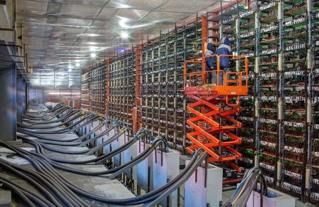 crypto miner electricity use cryptocurrency mining power cost bitcoin