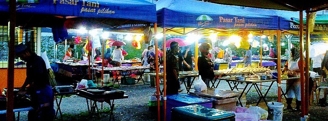 At The Farmer's Market I 02