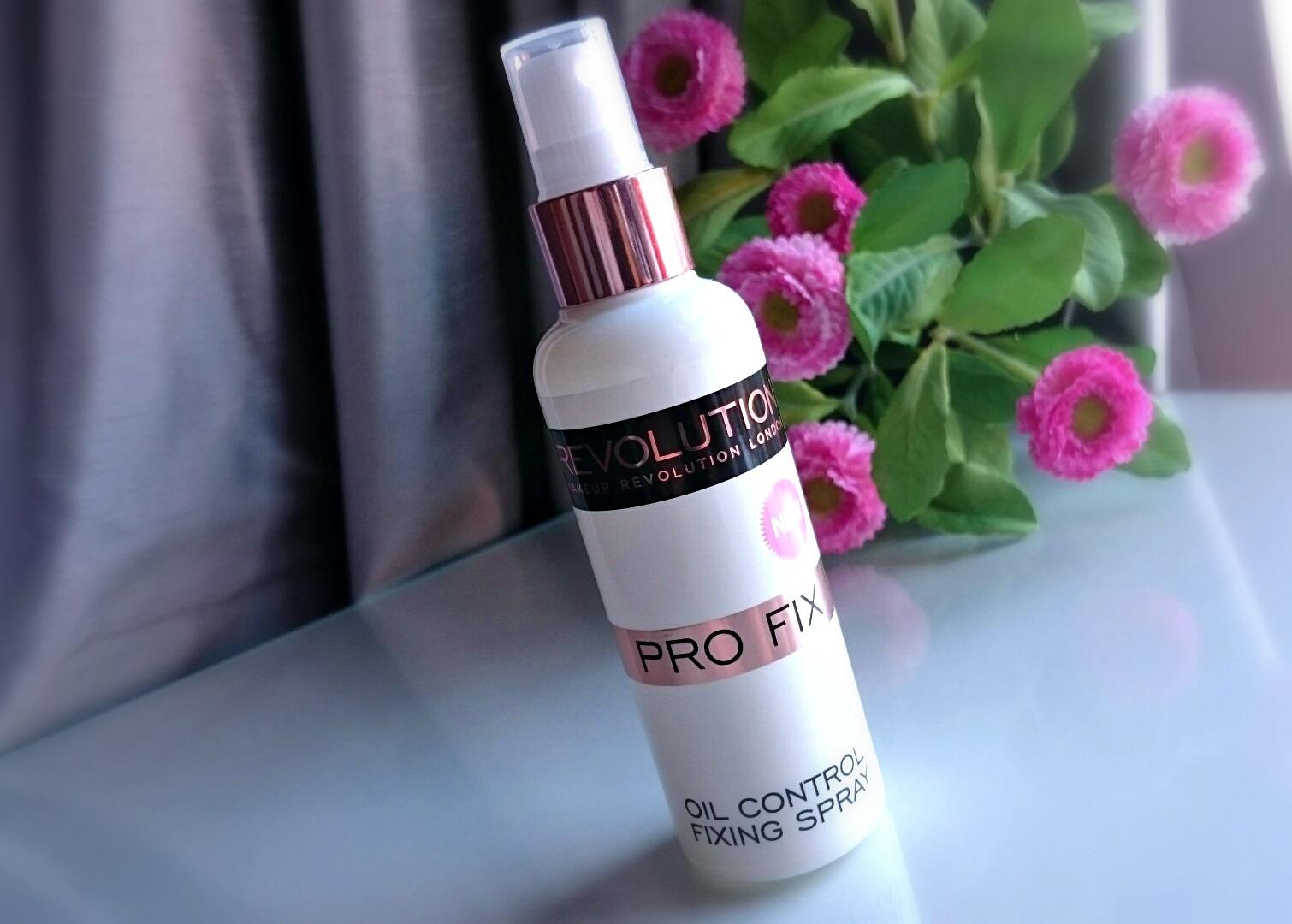 Makeup revolution amazing fixing spray review