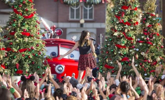 Lucy Hale – Disney Frozen Christmas Celebration