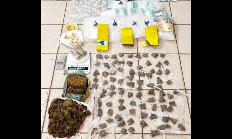 Dois homens são presos acusados de tráfico de drogas em Vitória da Conquista