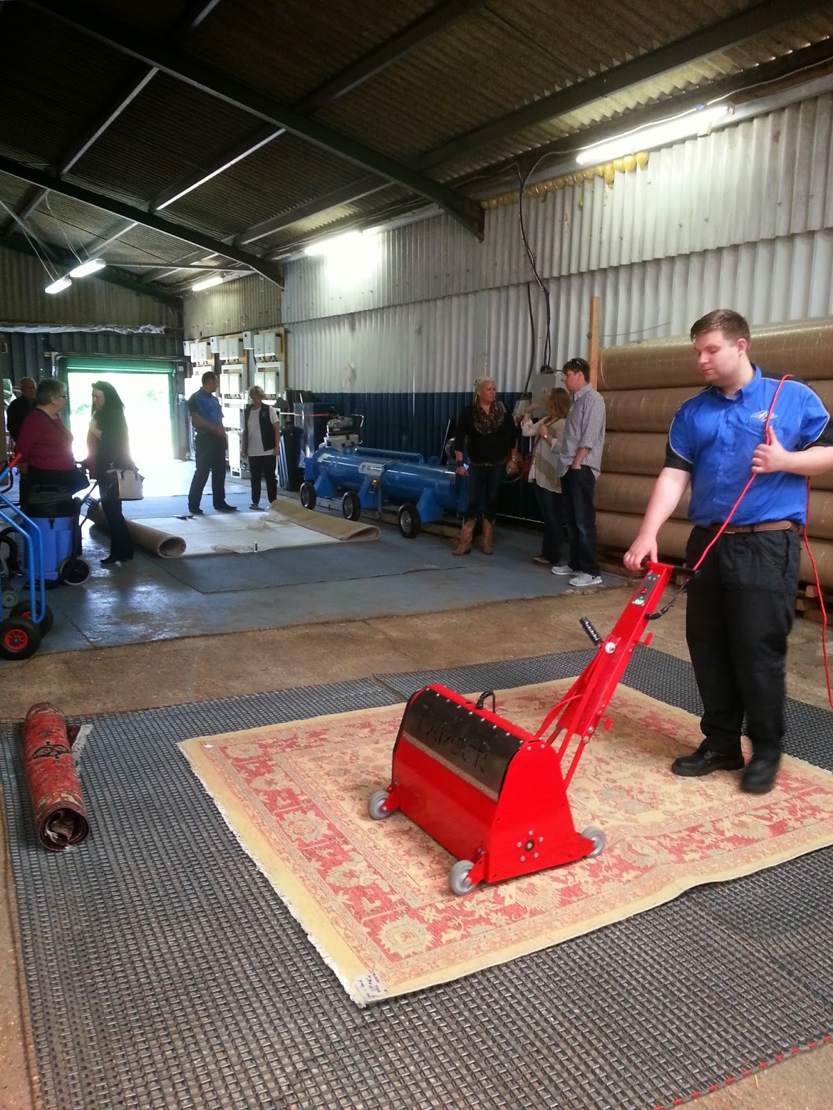 Rug Cleaning Tips To Do Yourself Art Of Clean Uk