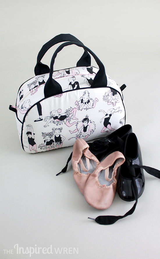 This fabric!!! Perfect combination of fabric and sewing pattern! Dottie Vintage Handbag sewn in Alexander Henry Monkey's Bizness Ballet Class and Rip Stop Nylon | The Inspired Wren