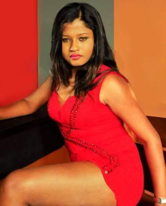 Hot Model :  Udeni Attanayake